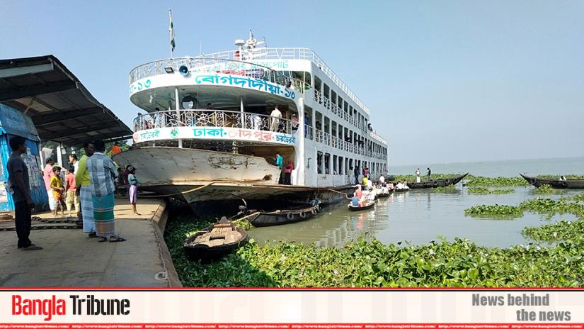 Water transport operation remain halted in Chandpur due to countrywide strike called by workers since 12.01am on Saturday (Nov 30).